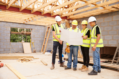 Top tips for hiring top notch construction workers for Build new house calculator